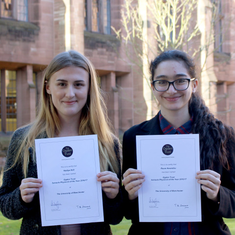 Nadiya Hall (left) and Reem Harandou (right) with their certificates